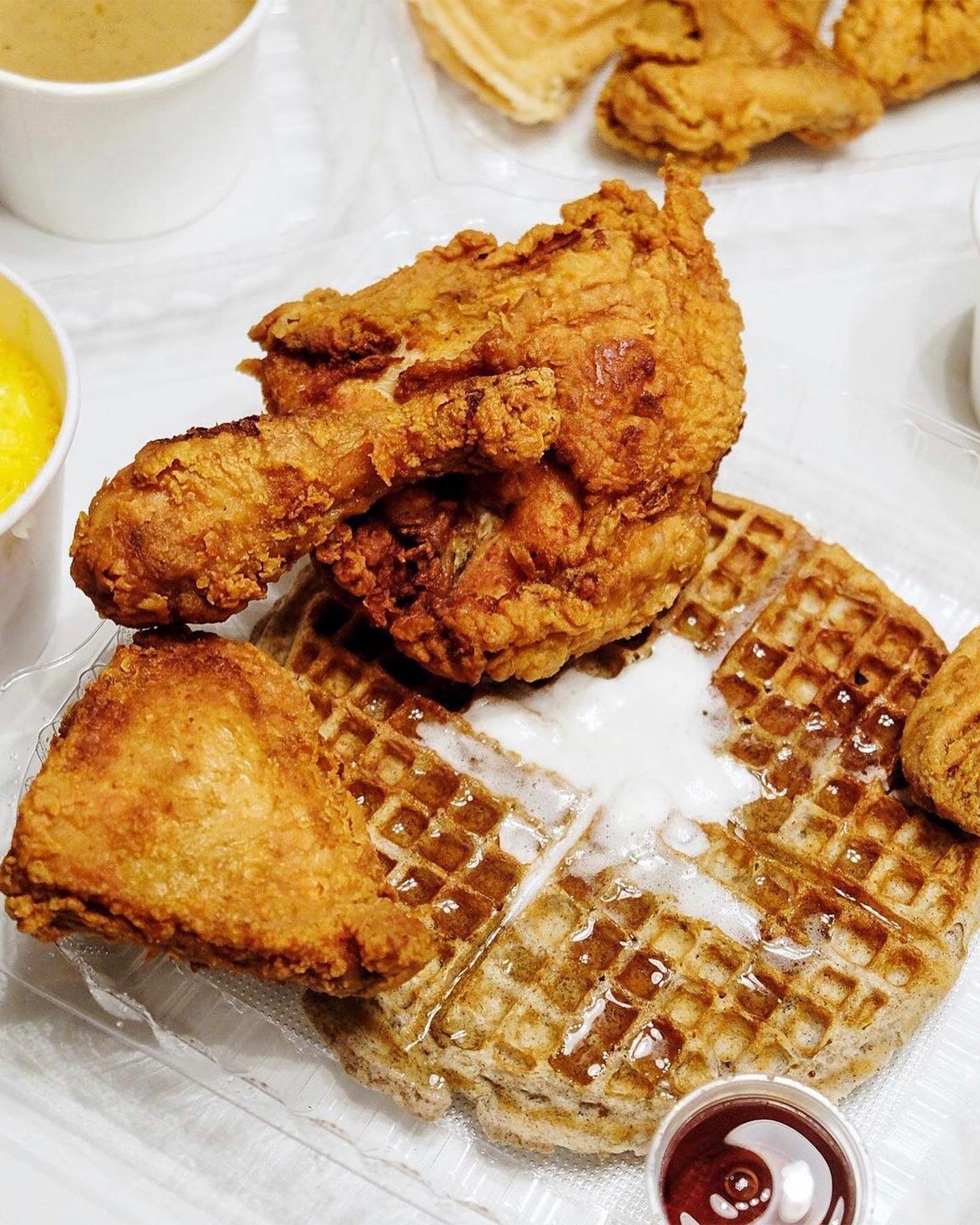 Roscoe's Chicken & Waffles (Hollywood)